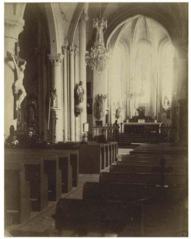 Eglise vue intérieure de la nef et du choeur